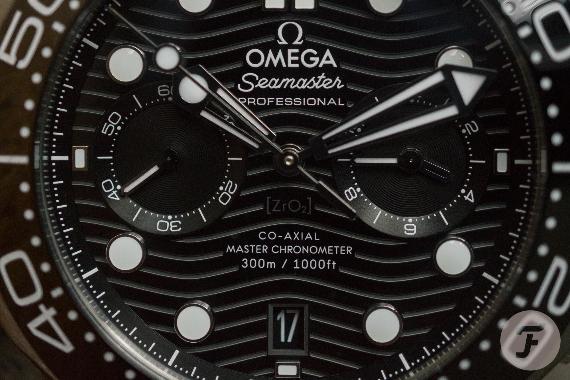 Omega Seamaster DIVER 300M CO%E2%80%91AXIAL MASTER CHRONOMETER CHRONOGRAPH 44 MM 4 of 20 - Khám phá Omega Seamaster 300M Chronograph