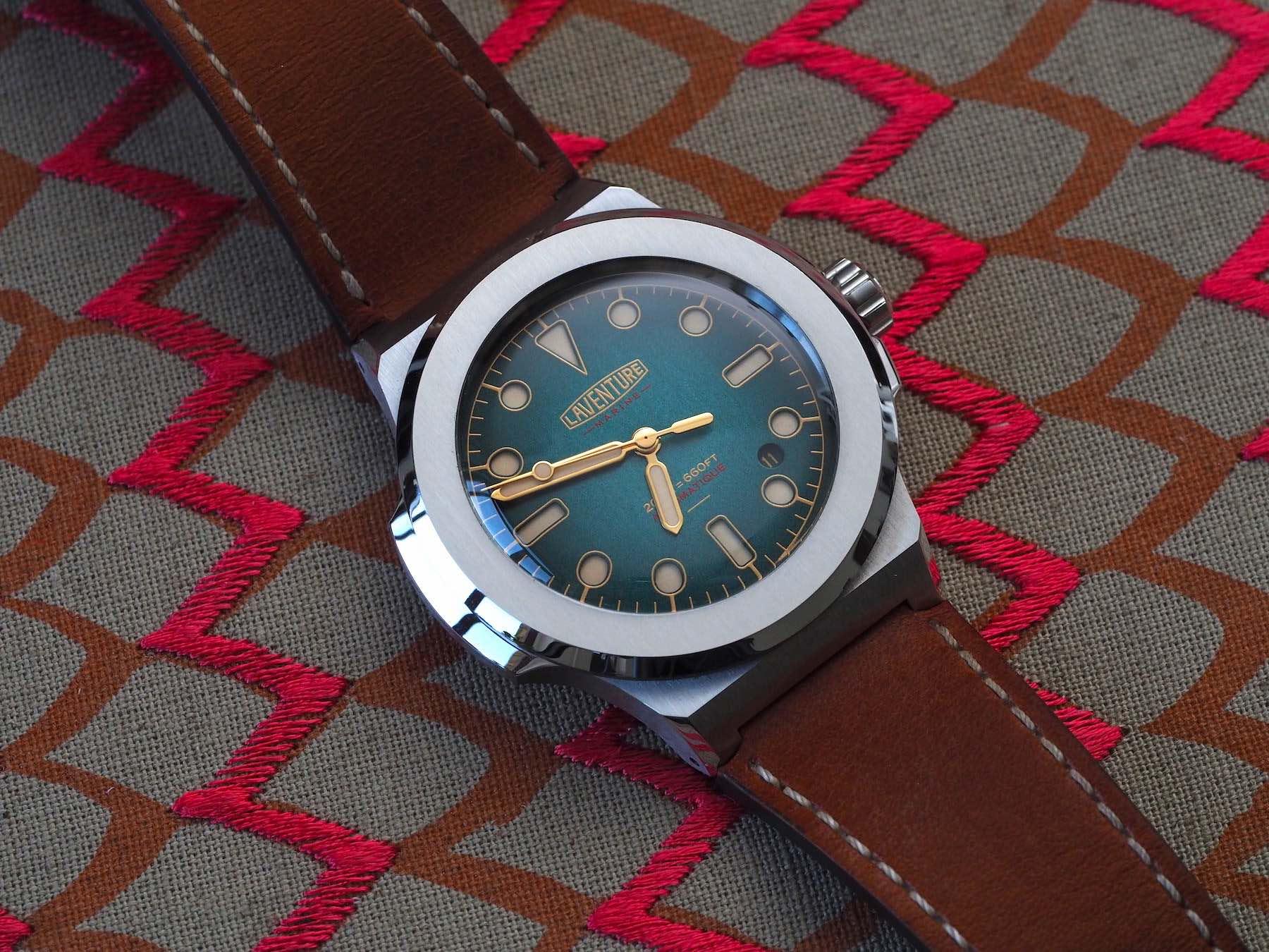 Laventure-Marine-Watch