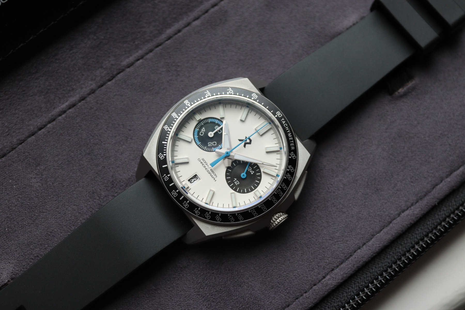 ►► Hands-On With The New RZE Valour Titanium Chronograph (2021)