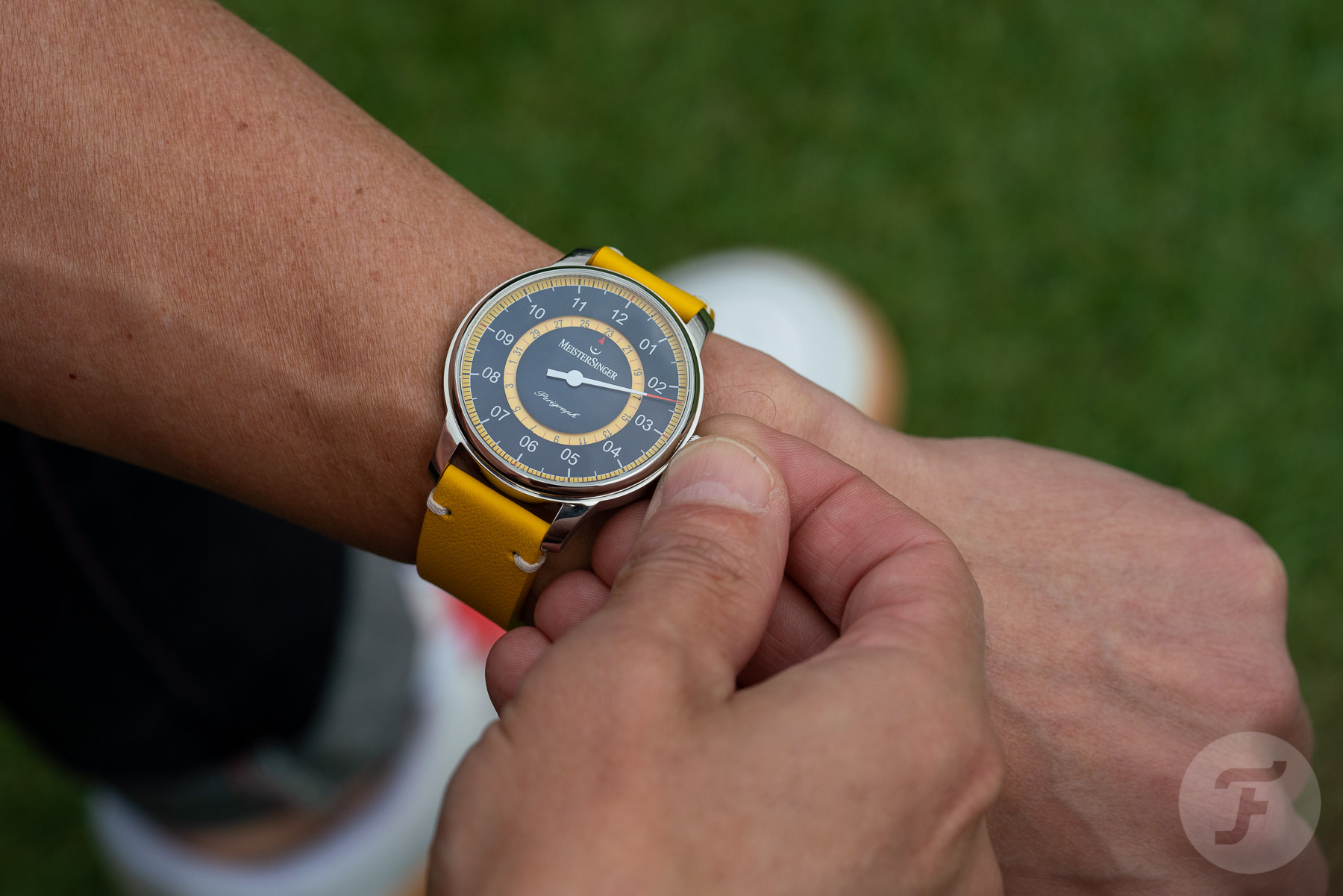 MeisterSinger Perigraph  Mellow Yellow Limited Edition ? Celebrating 20 Years Of Single-Handed Watches