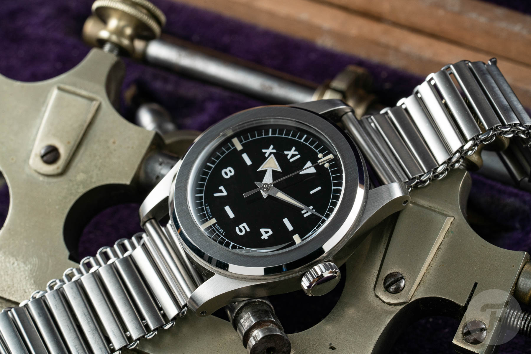 The Serica 4512 California Is A Surprisingly Refreshing Take On The Military Field Watch